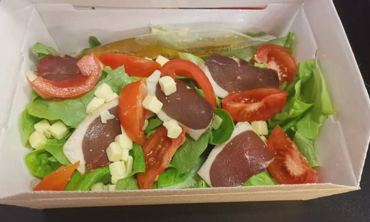 Confection de saladeà Blanzy